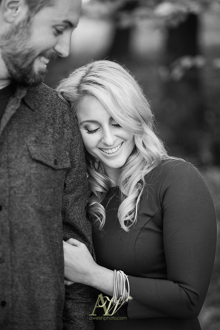 alicia-tim-high-falls-rochester-engagement-photo03.jpg