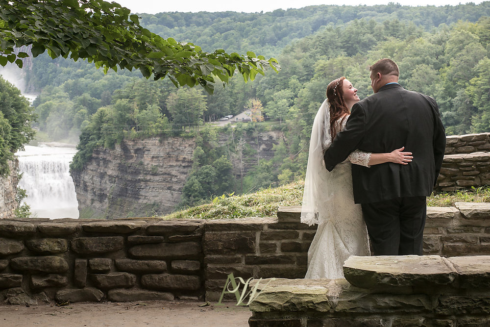 jenn-ryan-letchworth-glen-iris-inn-wedding028.jpg