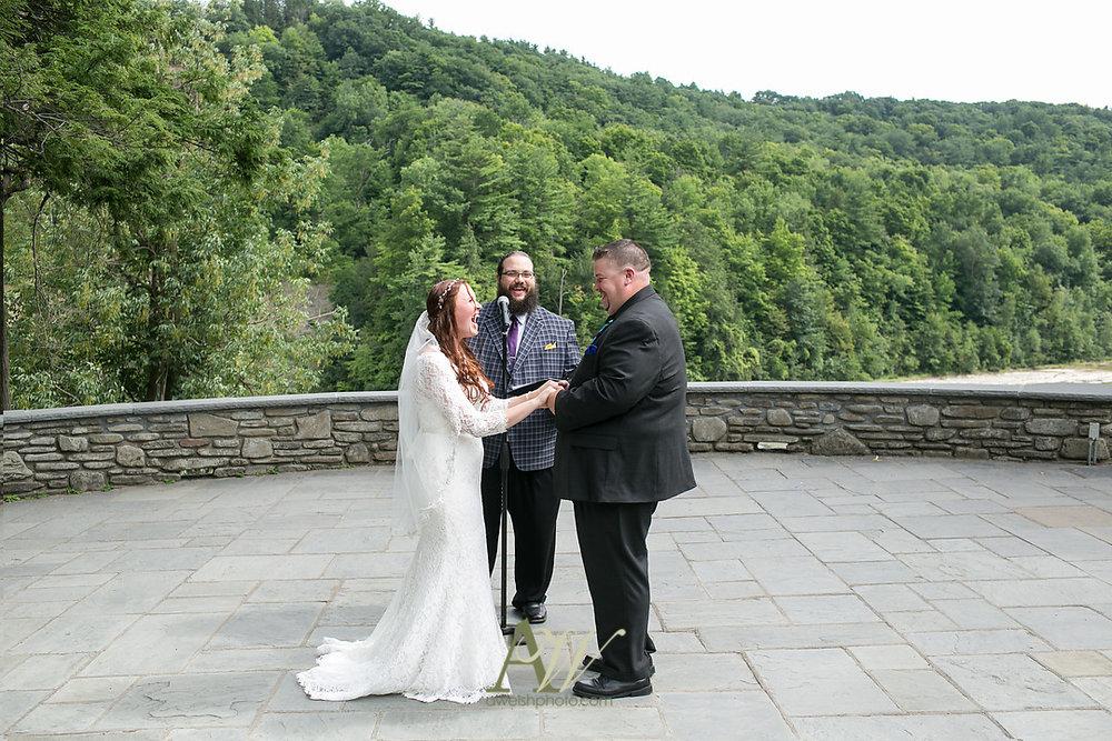 jenn-ryan-letchworth-glen-iris-inn-wedding016.jpg
