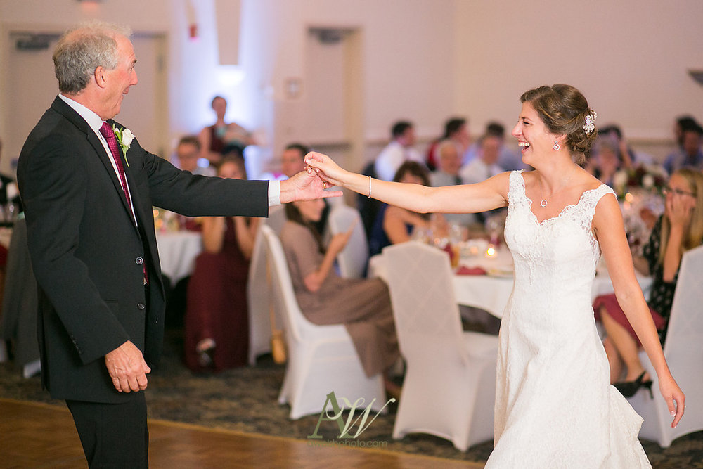 kelsey-ryan-finger-lakes-wedding32.jpg