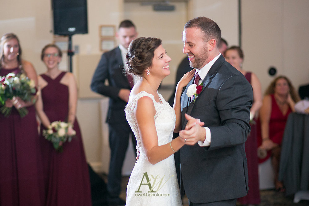 kelsey-ryan-finger-lakes-wedding27.jpg