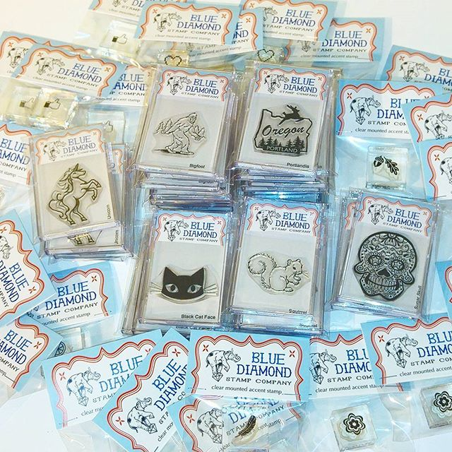 Dropping off a big restock today at @craftywonderland just in time for holiday shopping season at their fantastic store in downtown Portland. Come and get it! 😃  #craftywonderland #shoplocalpdx #clearstamps #handmadegifts