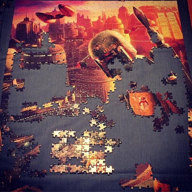 Meanwhile, at the Lahey house... #bobafett #extremepuzzlegame #1000pieces
