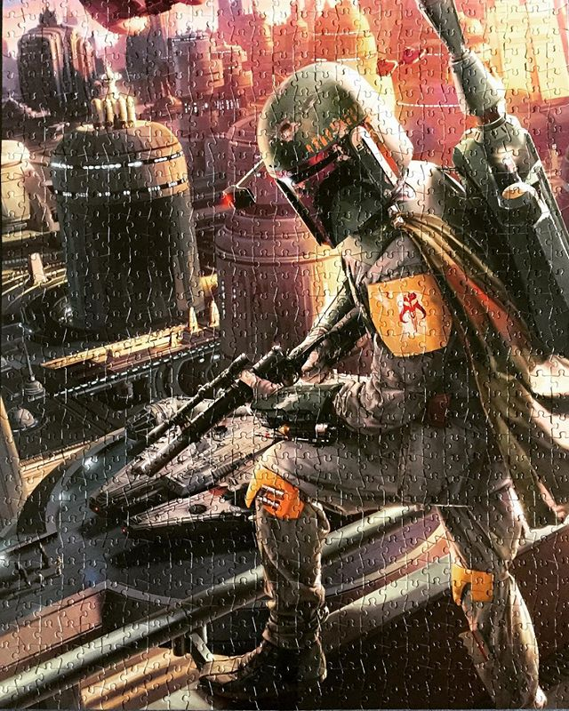 When it's cold outside, some people put on pants and win gold medals. We put on our pants and help the most feared bounty hunter in the galaxy track his prey. #sundayfunday #bobafett #hannotflyingsoloforverylong #thispuzzleiastillcoolevenwiththreepioinit #cloudcity #empire #episode5