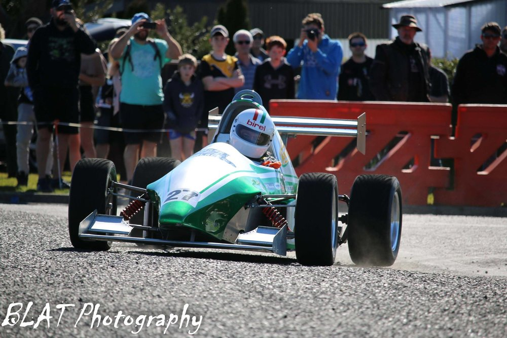 graeme sutton -  south taranaki car club - westend hire straford street sprints 2018