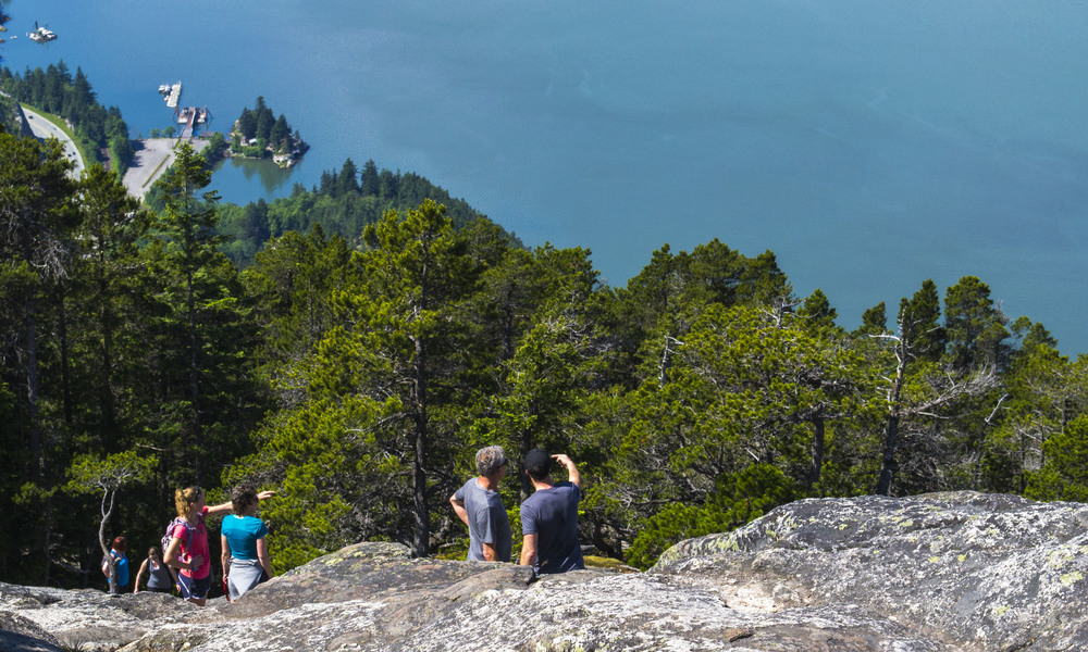 Guided hiking tour in Vancouver.