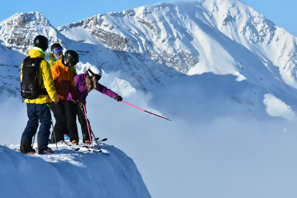 Explore Canada - Ski Canada's best mountains on your ski tour.