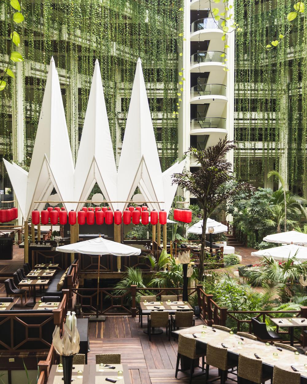 Paradisus-Cancun-Lobby-Restaurant.jpg