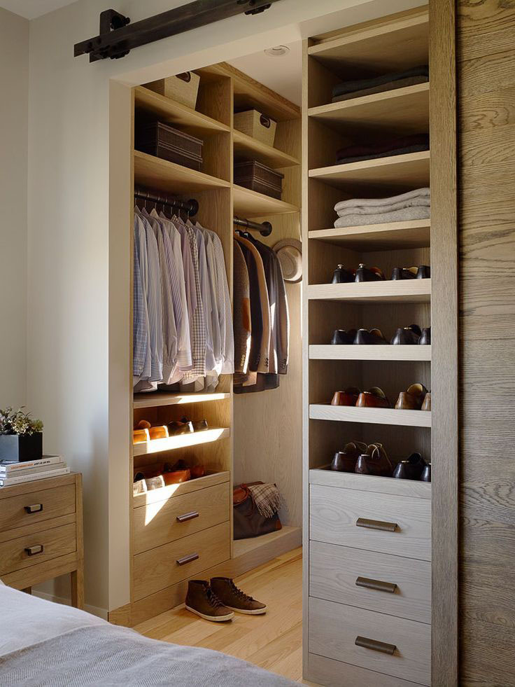e12f7__Walk-in-Closet-for-Men-Masculine-closet-design-19.jpg