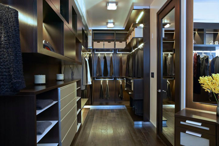 569ff__Walk-in-Closet-for-Men-Masculine-closet-design-13.jpg