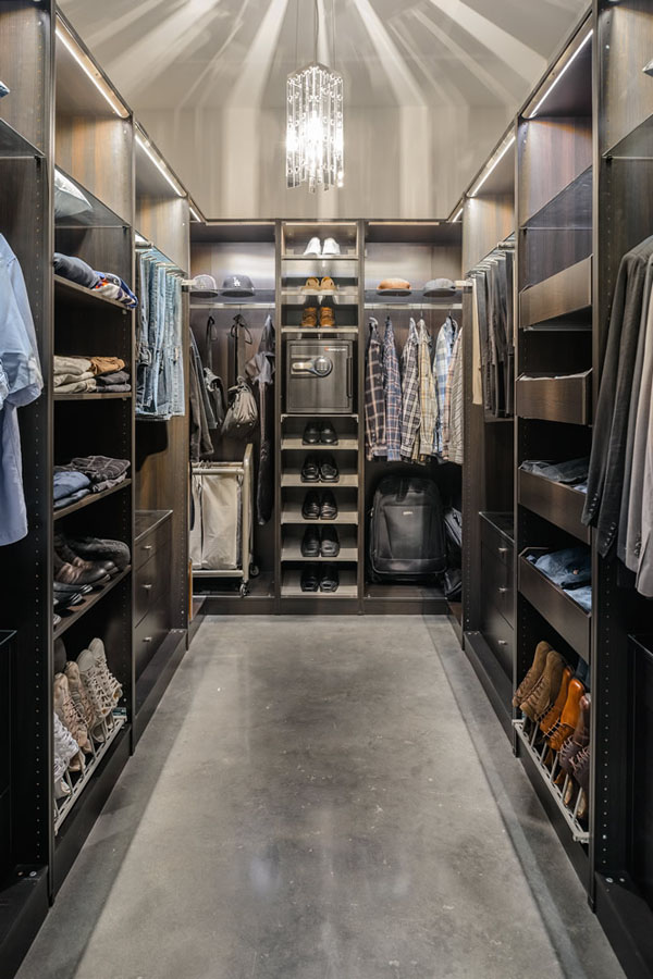 fa63a__Walk-in-Closet-for-Men-Masculine-closet-design-10.jpg