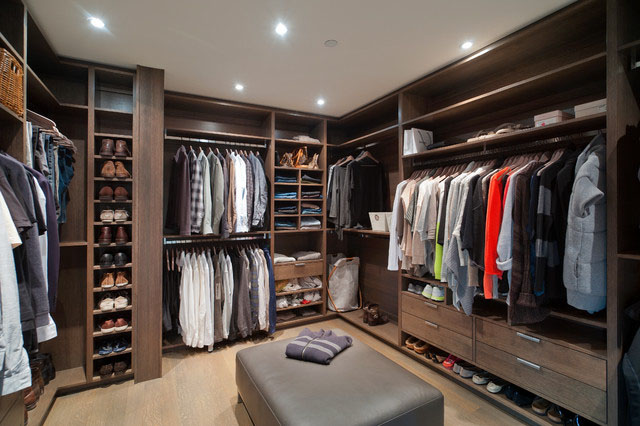 fdbcf__Walk-in-Closet-for-Men-Masculine-closet-design-16.jpg