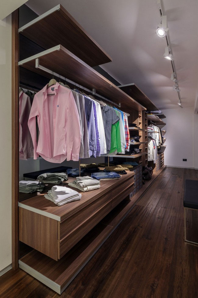 e283a__Walk-in-Closet-for-Men-Masculine-closet-design-8.jpg