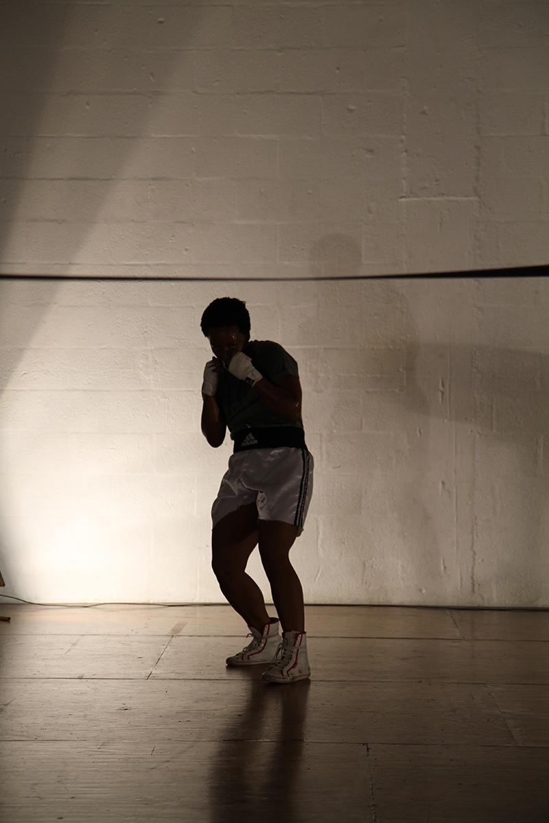 01_BoxingPose.jpg