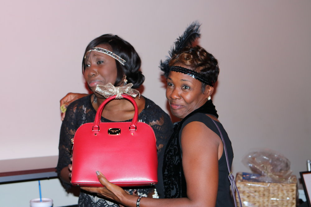 Kecia wins purse.JPG