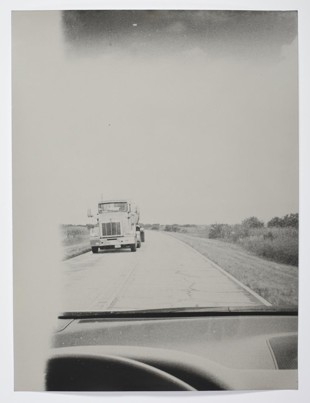 On the Road,FL-006-00, gelatin silver print, 60,8 x 50,5 cm
