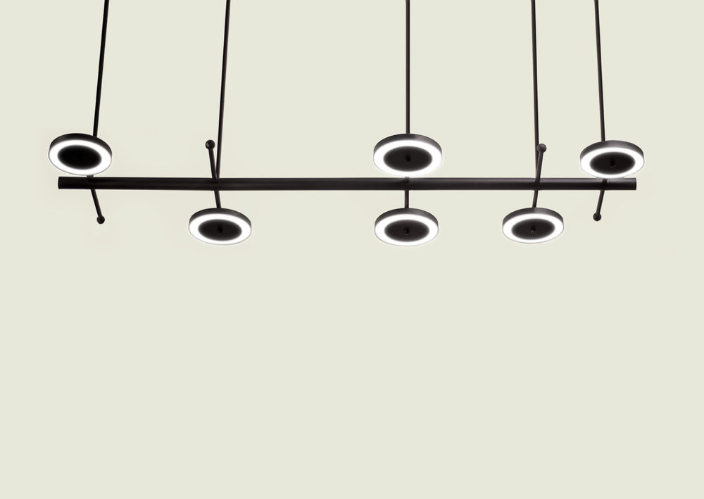 LaroseGuyon_LeRoyer_Large01_LightingFixture_07.jpg
