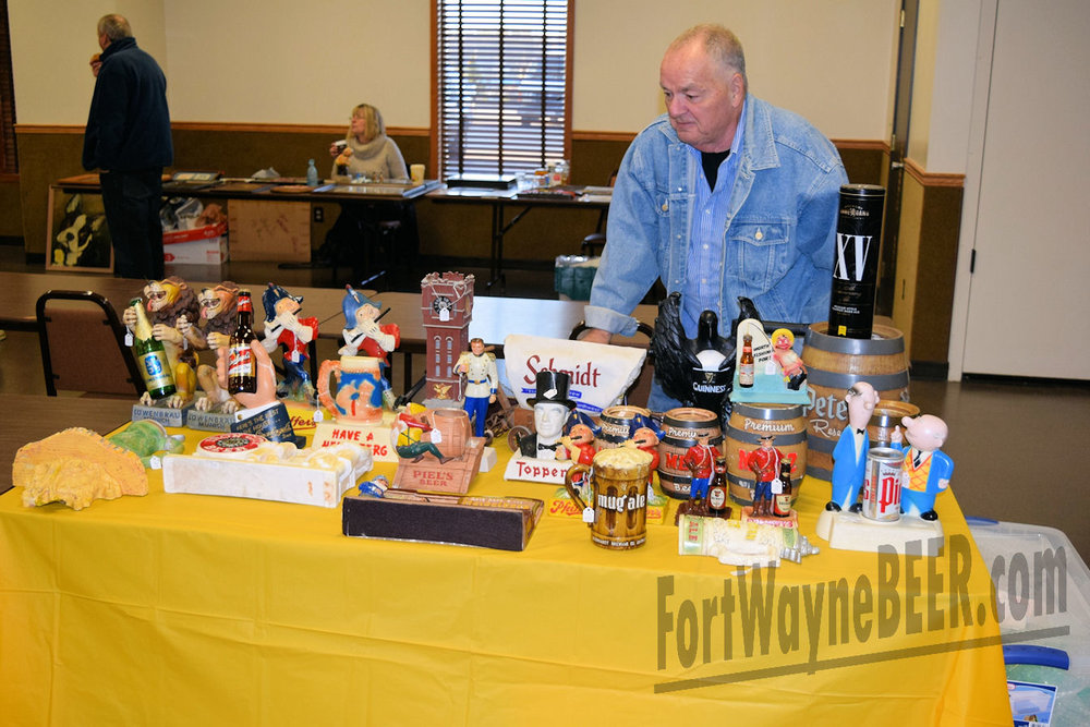 2016 Fort Wayne Brewery Collectibles Show19.JPG