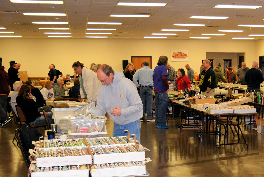 2016 Fort Wayne Brewery Collectibles Show74.JPG