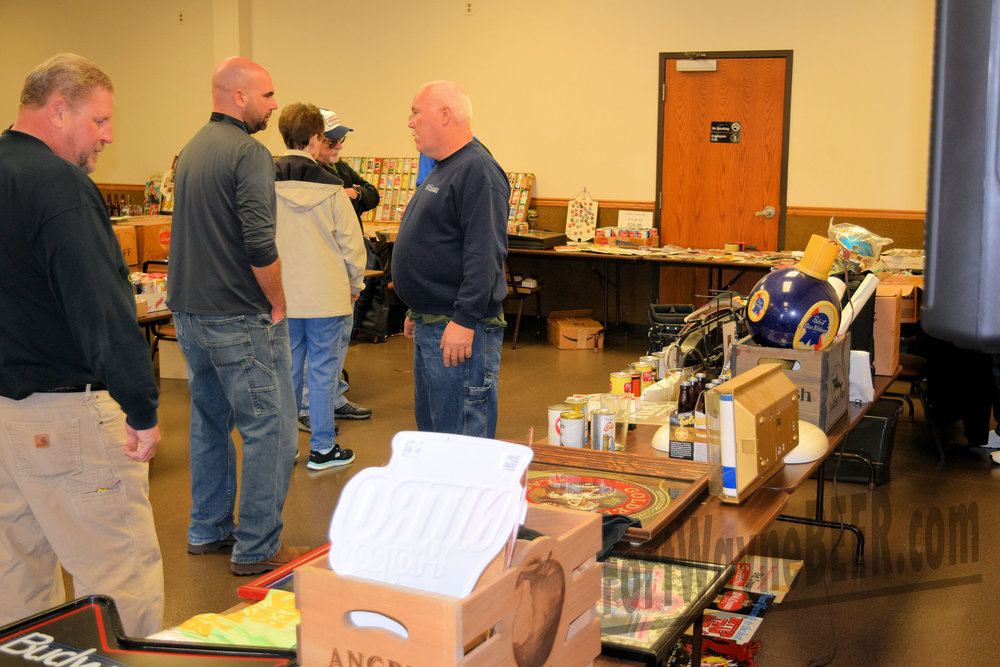 2016 Fort Wayne Brewery Collectibles Show104.JPG