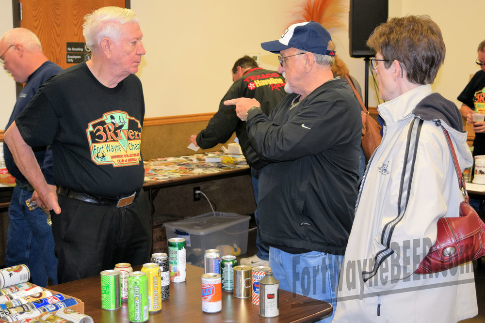 2016 Fort Wayne Brewery Collectibles Show105.JPG