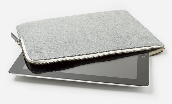 Everlane  The Twill Tablet Case  ($20)
