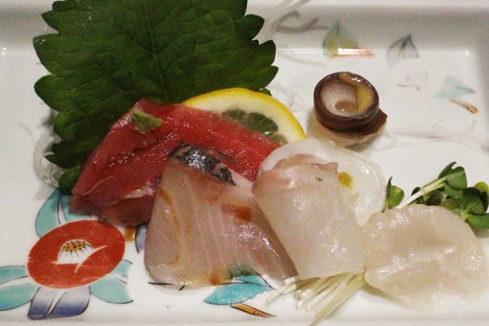 Sashimi: Chu Toro, Ike Hirame, Live Hottatae, Shima Aji, Nama Tako
