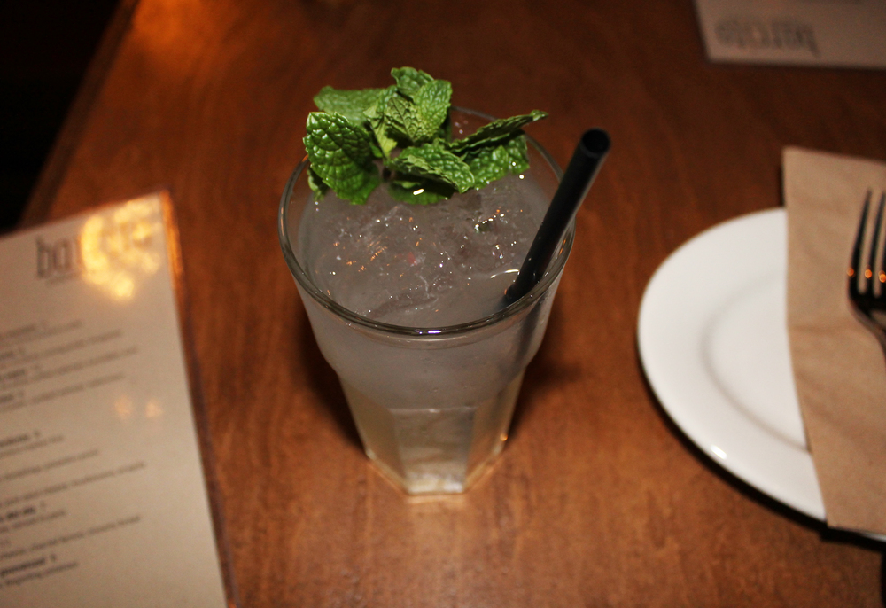 Yerba B  rava:   yerba mate vodka, lemon, mint