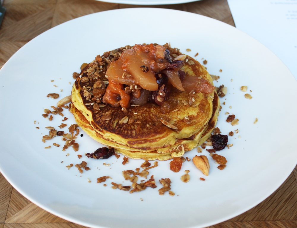 LEMON RICOTTA PANCAKES : Stewed Fall Fruits, Granola, Maple Syrup