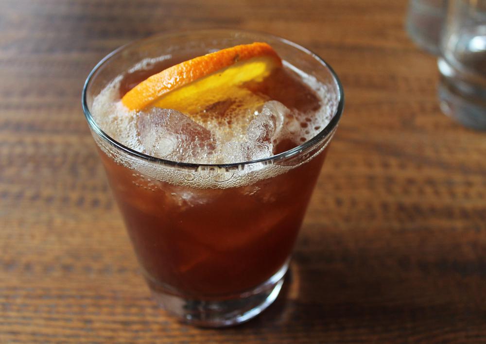 L'emigrante:buffalo trace, honey syrup, morlacco cherry liqueur, lim