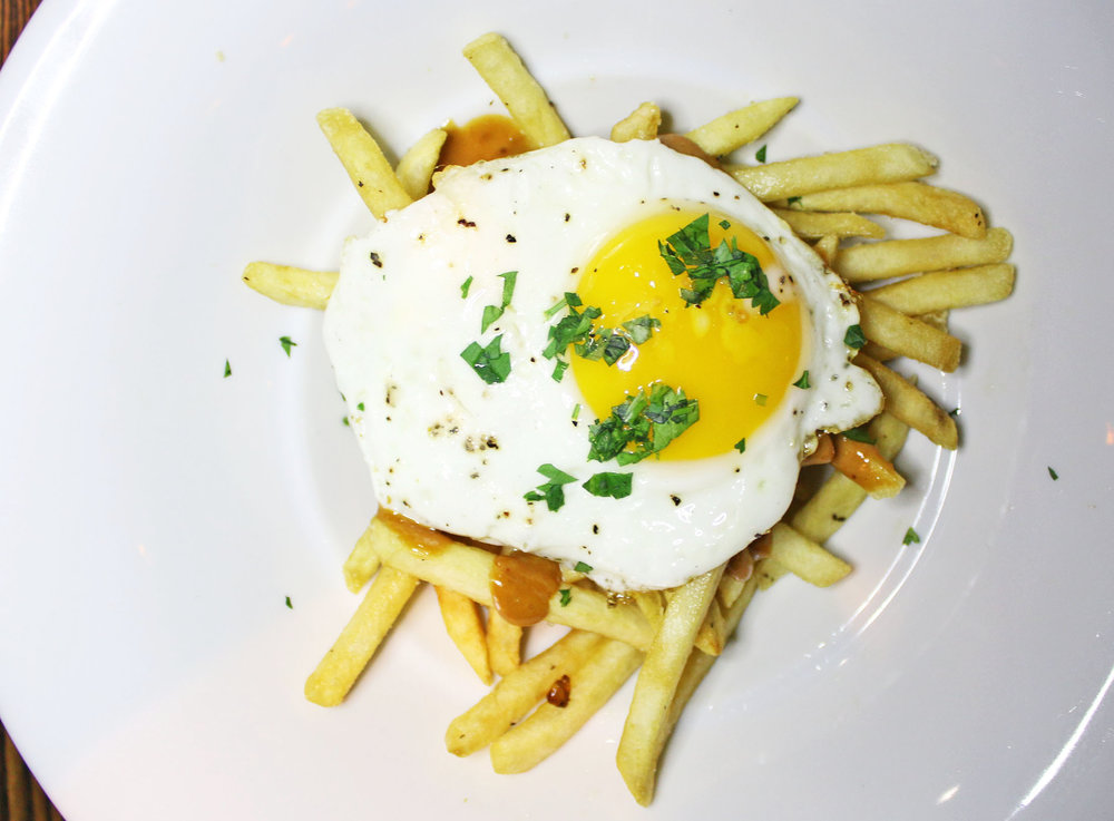 Bacari Fries: Roasted Garlic, Lemon & Smoked Pepper Sauce, Fried Egg