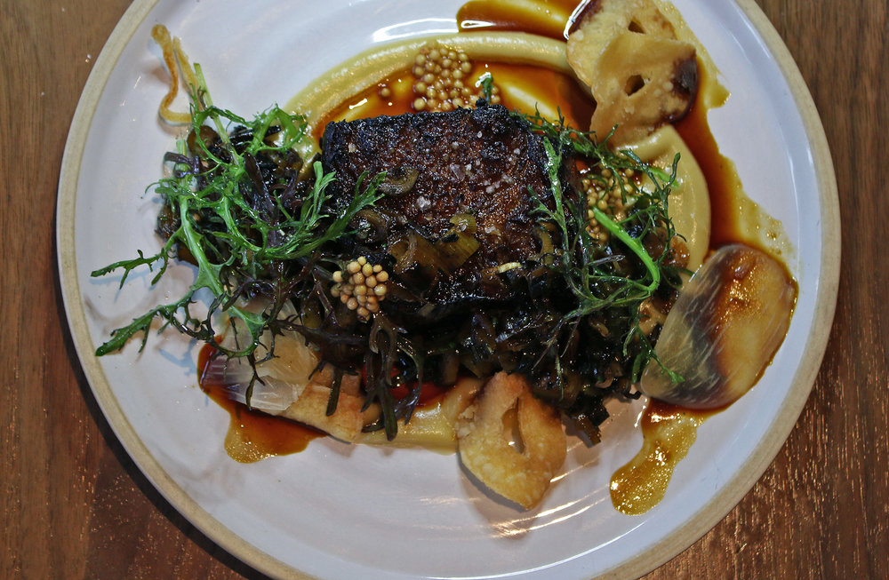 black angus short rib:elephant garlic,beef gastrique,mustard frills