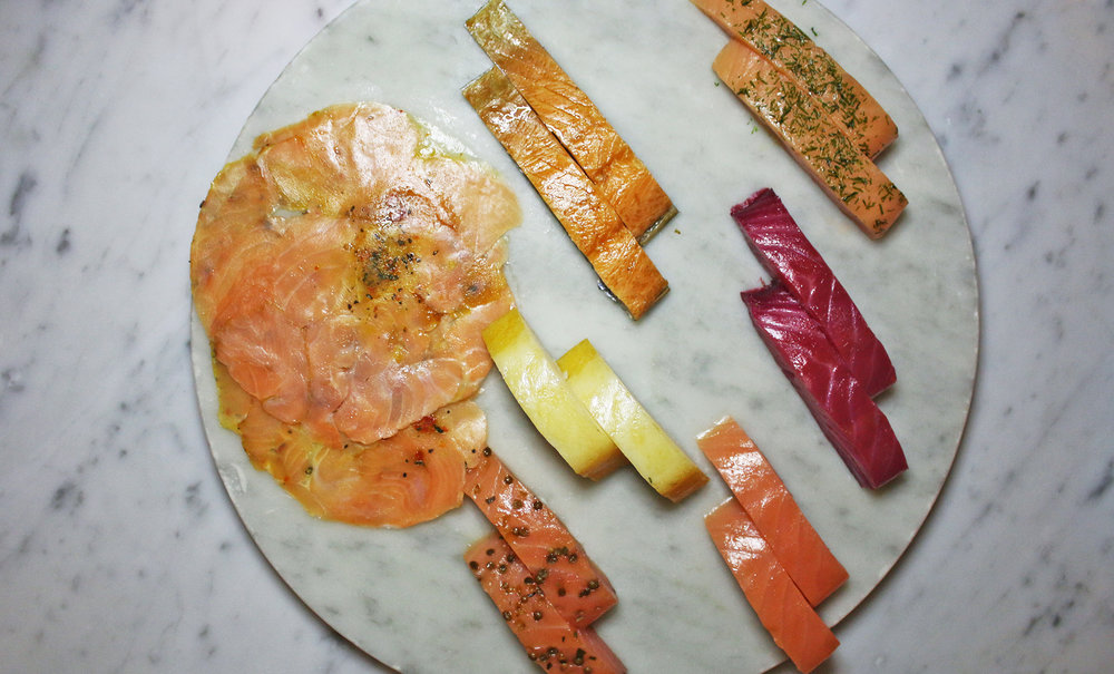 Smoked Fish Platter: Toast Points, Lemon & Crème Fraîche