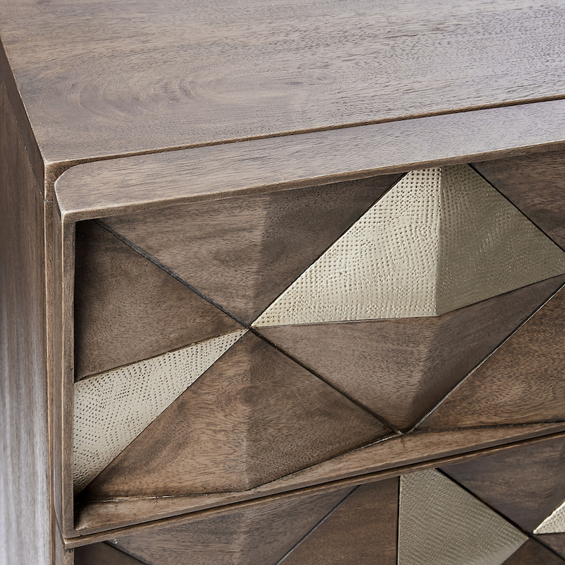 s-9050238-rr-diamond-rhombus-6-drawer-dresser-detail-su17-394.jpg
