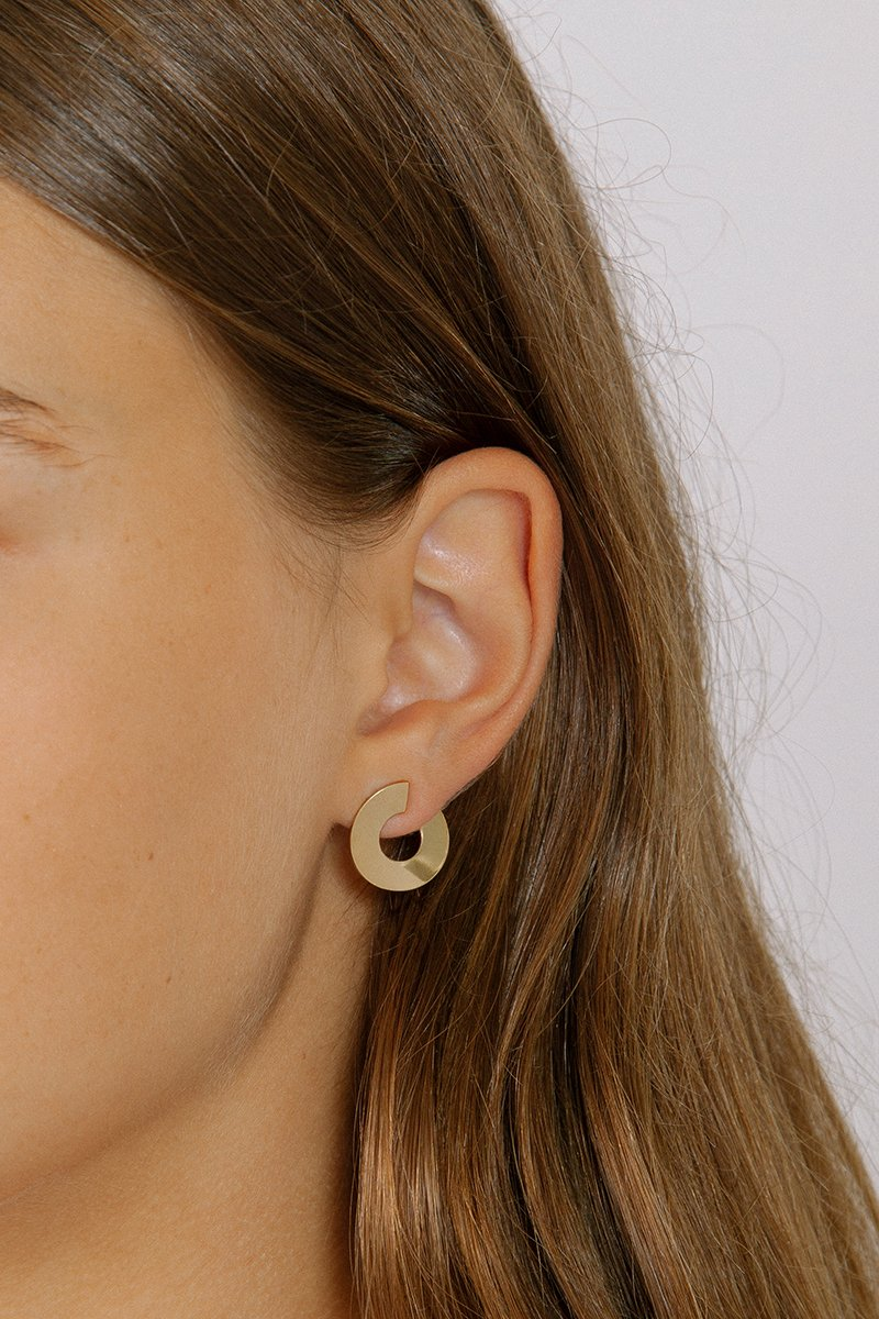 Maven Gold Statement Stud Earringshttps://www.wolfcircus.com/collections/earrings/products/maven-studs-in-gold // Handcrafted Jewelry Brands For The Minimalist
