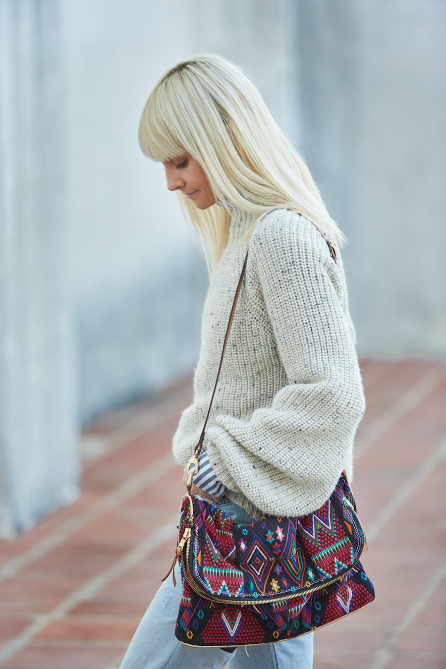 Casual sweater + upcycled colorful bag look // Week Of Ethical Outfits With Kestrel Jenkins