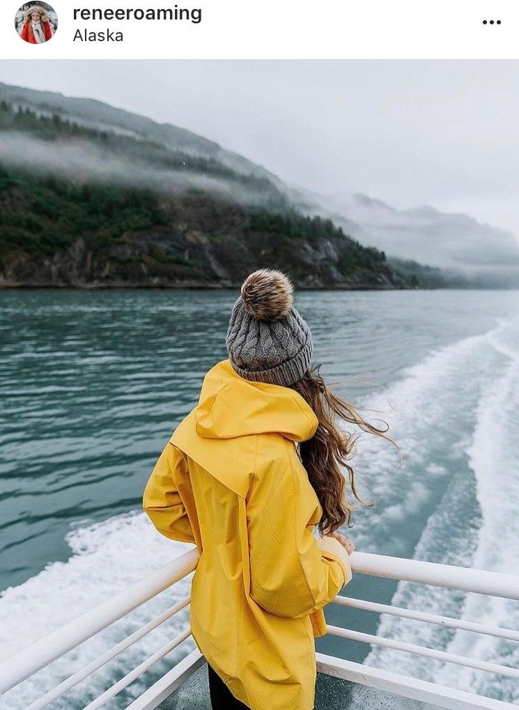 Women Adventurers On Instagram // @reneeroaming