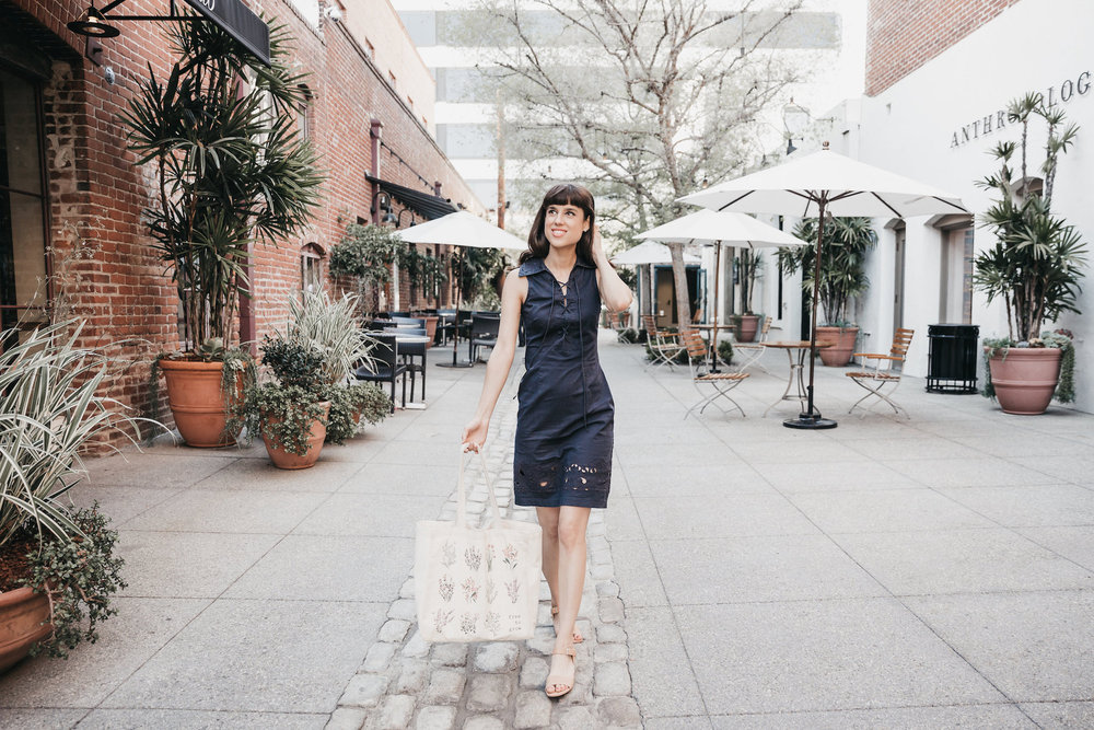 Farmer's market vintage outfit // A Week Of Bright & Bold Ethical Outfits With Michelle Chavez From Michelle For Good on The Good Trade