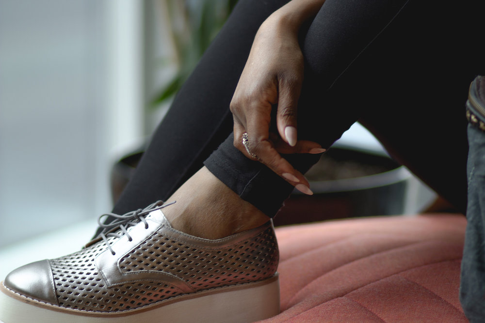 Metallic loafers // Week Of Outfits Series: A Week Of Well-Crafted & Beautiful Outfits With Kathleen Elie, Founder Of Conscious & Chic on The Good Trade