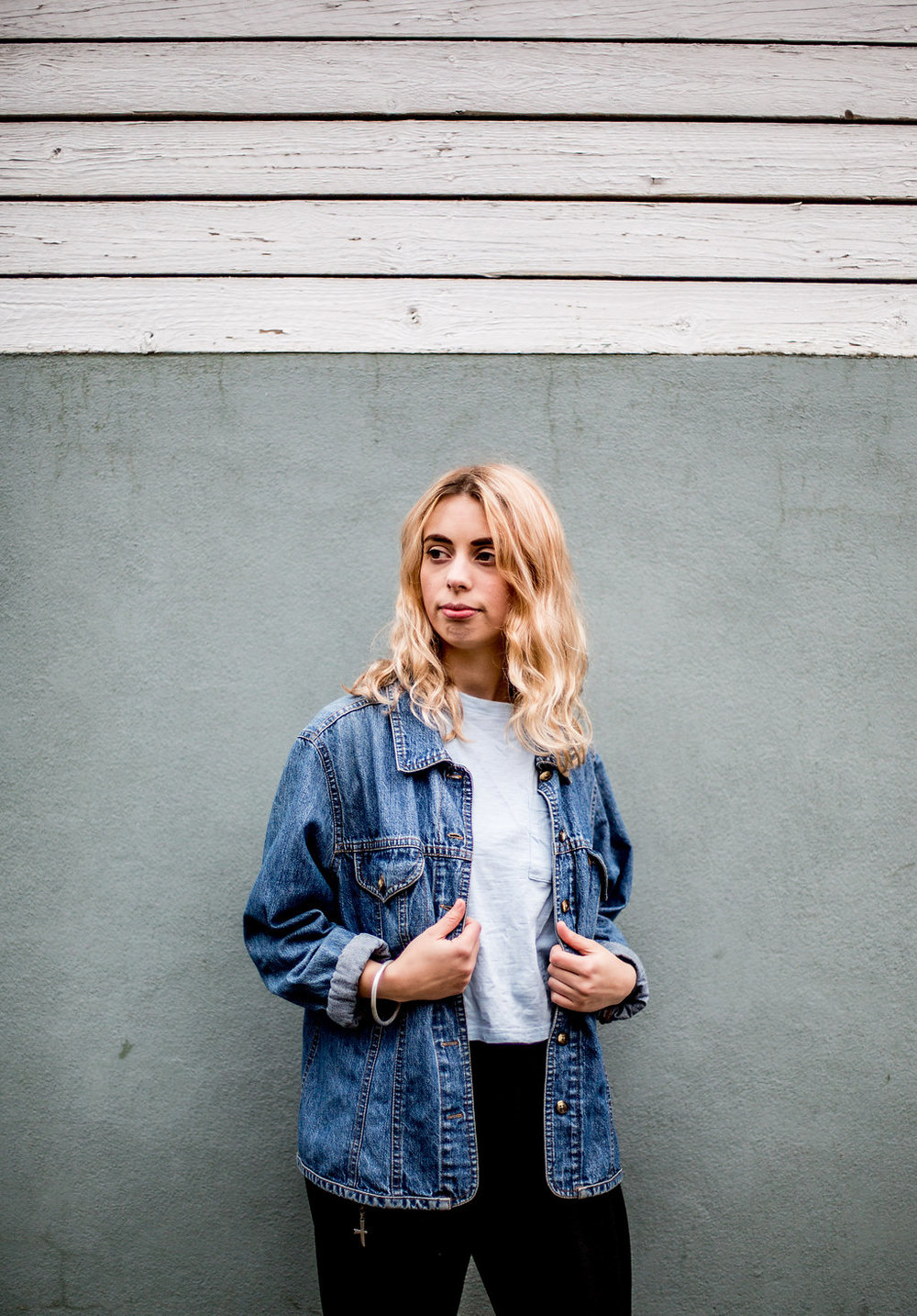 Casual denim jacket and crop top ethical fashion  // A Week Of Vibrant & Global Outfits With Francesca Willow From Ethical Unicorn on The Good Trade