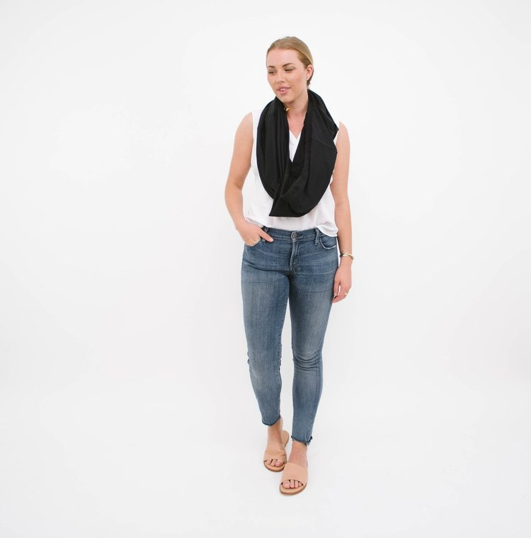 d16c575a9a6cda 8 Responsibly-Made Convertible Clothing Pieces For The Minimalist Traveler