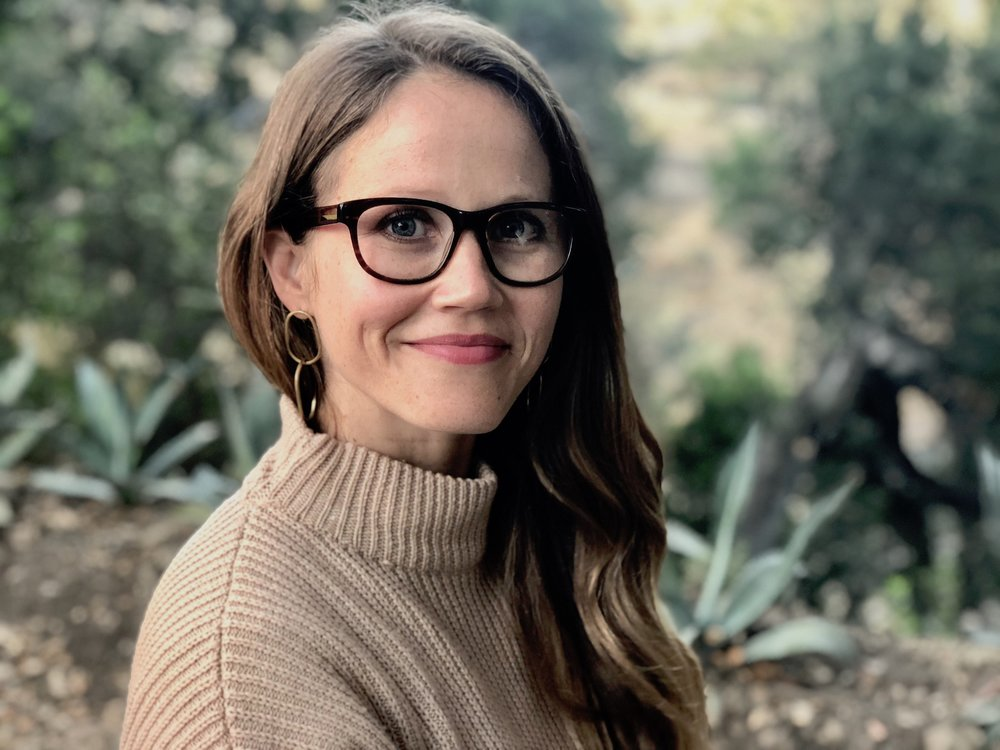 Warby Parker prescription glasses // A Week Of Tried-And-True Wardrobe Staples With Zoe Cleary, Founder Of Nisolo on The Good Trade