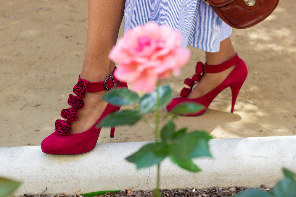 Vintage high heels with rose details // A Week Of Hollywood-Inspired Outfits With Conscious Style Blogger Jeneice Thompson on The Good Trade