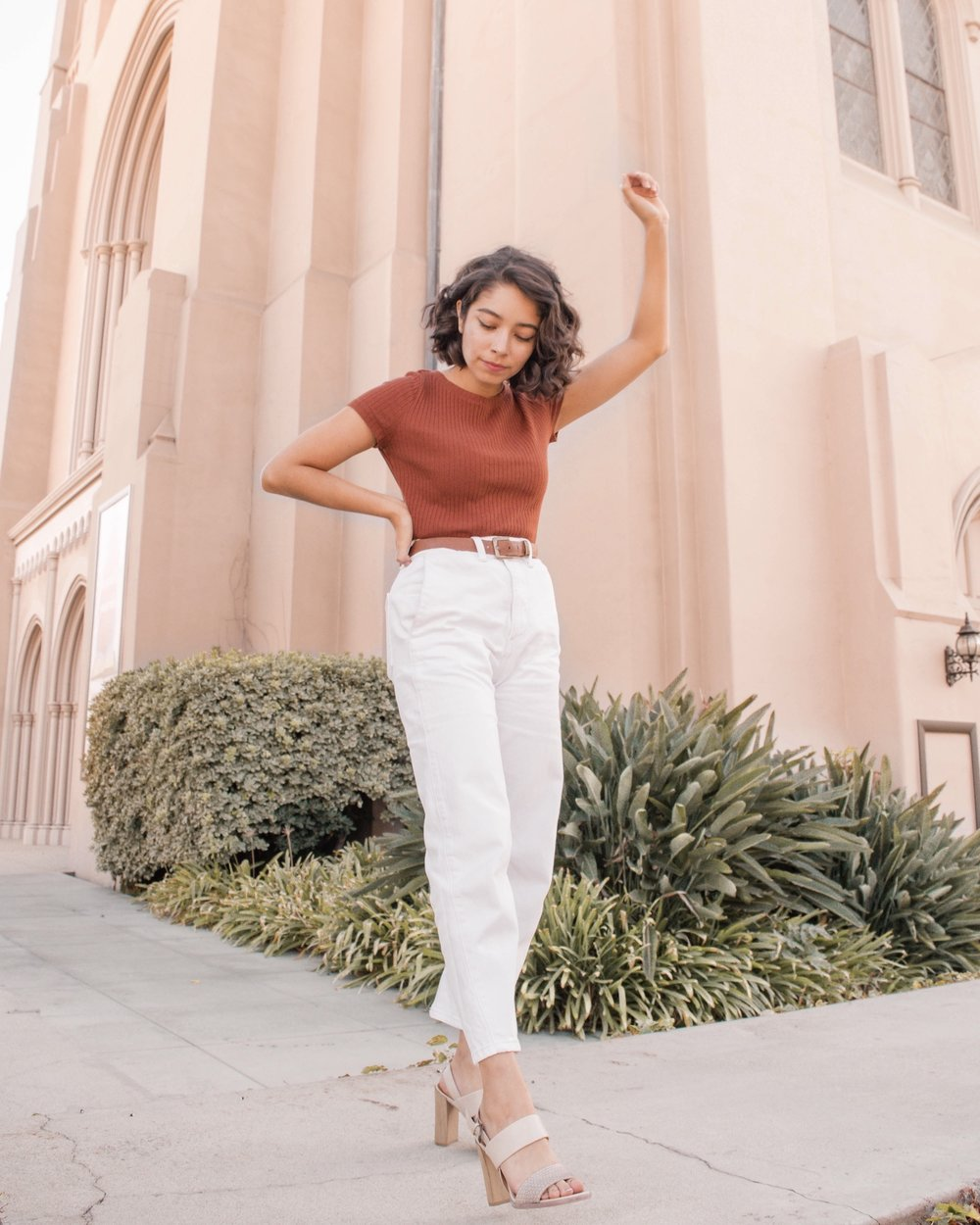 Rust and white outfit // A Week Of Self-Expressive Outfits With Aja Duran From Aja With Love on The Good Trade