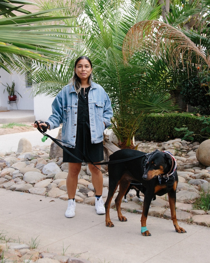 Casual Saturday cozy outfit - A Week Of Super-Chill Conscious Fashion With Isadora Alvarez, Founder Of Back Beat Rags on The Good Trade