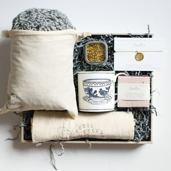 Ethical Subscription Boxes For Gifting - Laurel Box