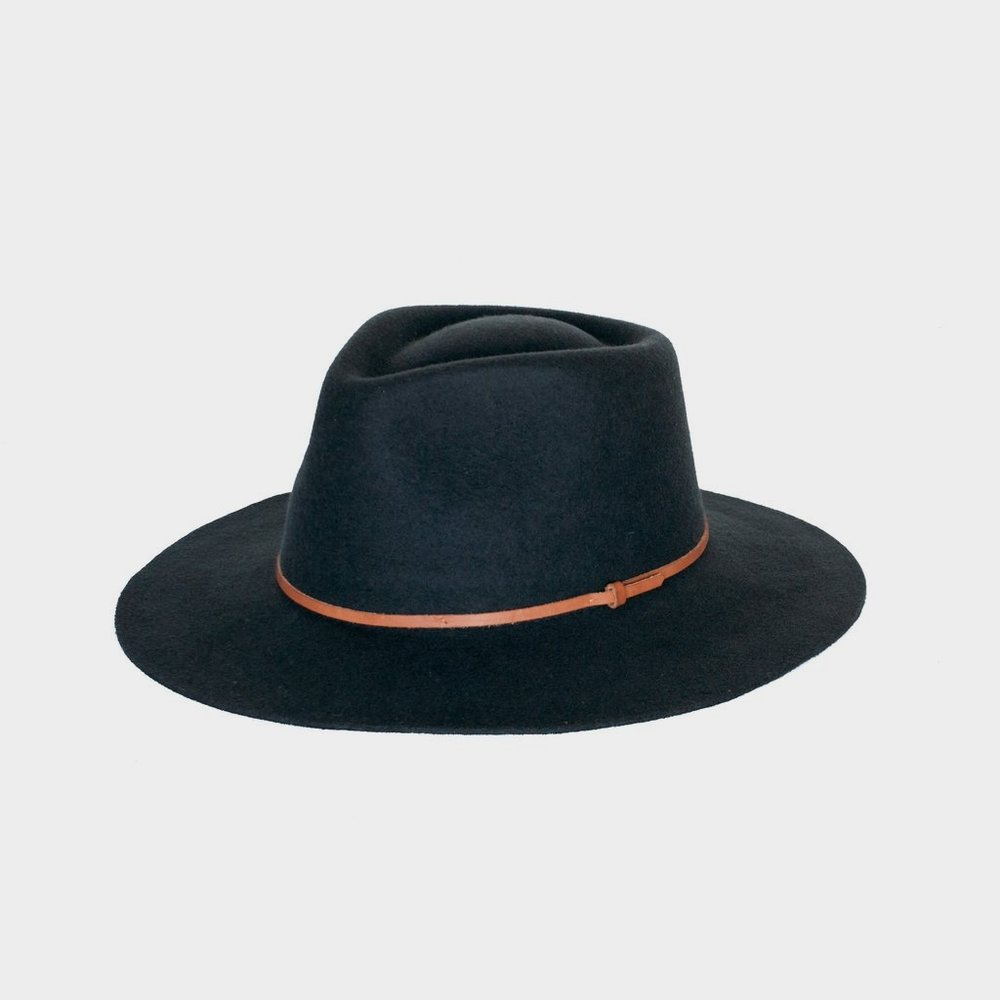 Equal Uprise Hat // Hollywood Outfit Inspiration - A Star Is Born