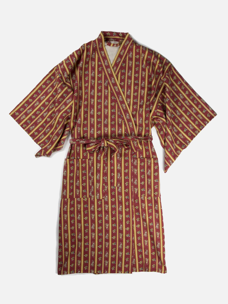 Golden Boy Robe | Highway Robery // Sustainable Valentine's Day Gifts For Men on The Good Trade