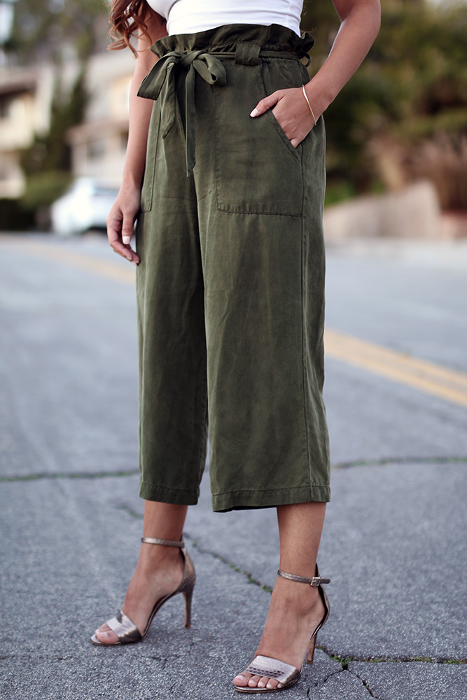Green paperbag pants // A Week Of Thoughtful & Modern Outfits With Kat Vargas From Finding Katnis on The Good Trade