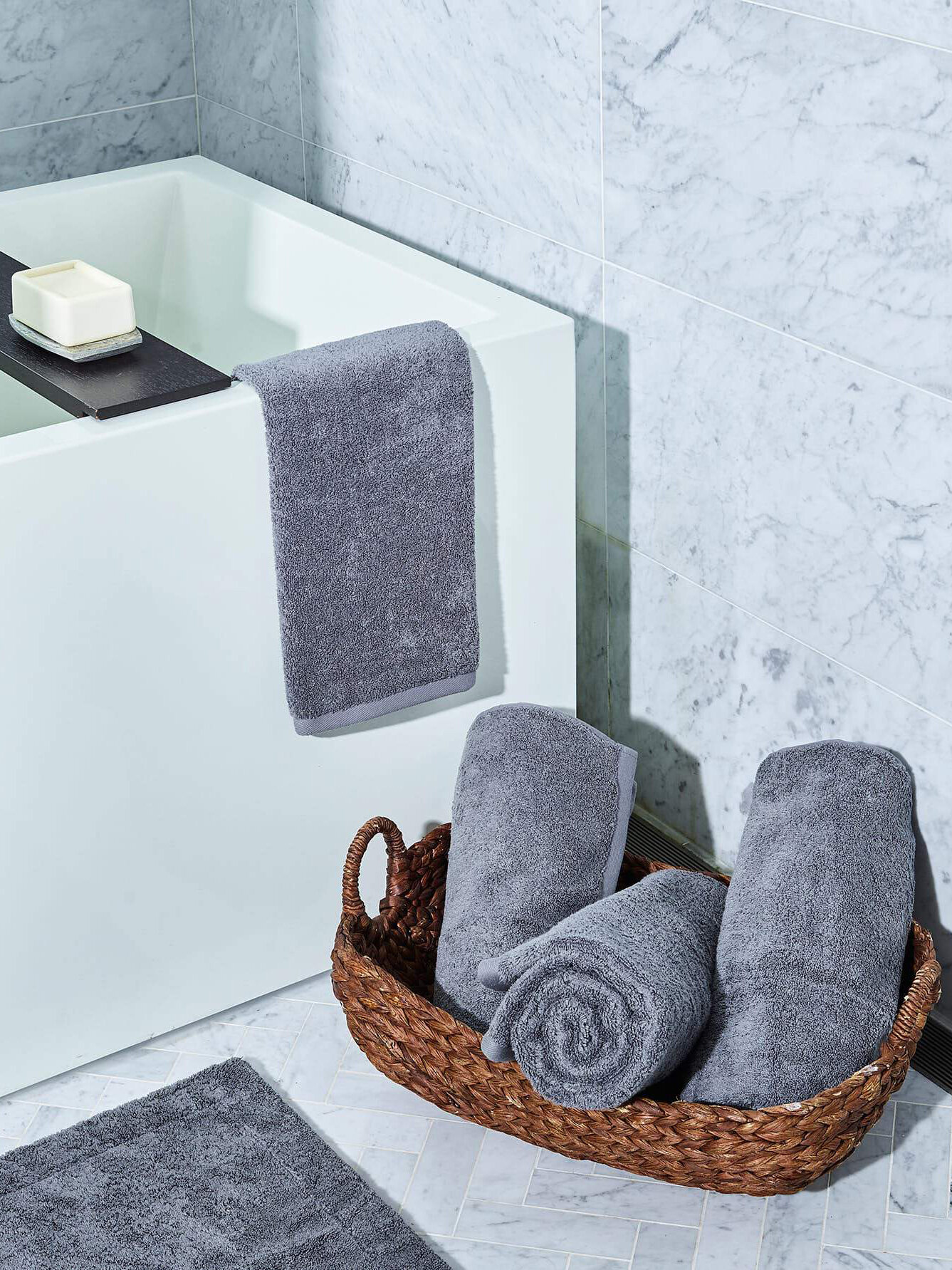 7 Organic Bath Towels To Elevate Your Bathtime Ritual